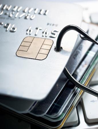 信用卡额度莫名被降低 消费者投诉银行保权益